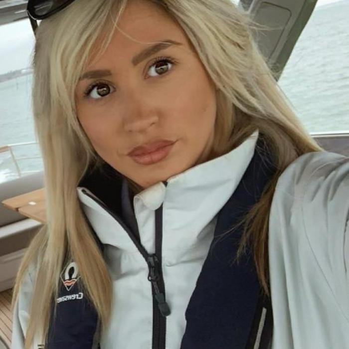 Charlotte Niven